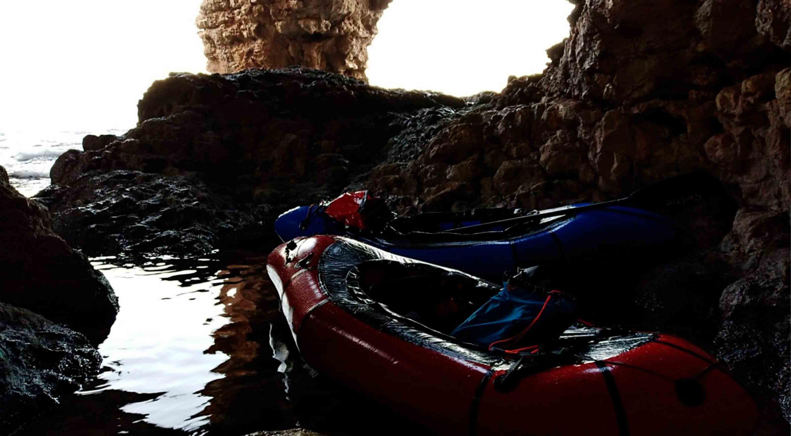 cova-dels-arcs-kayak