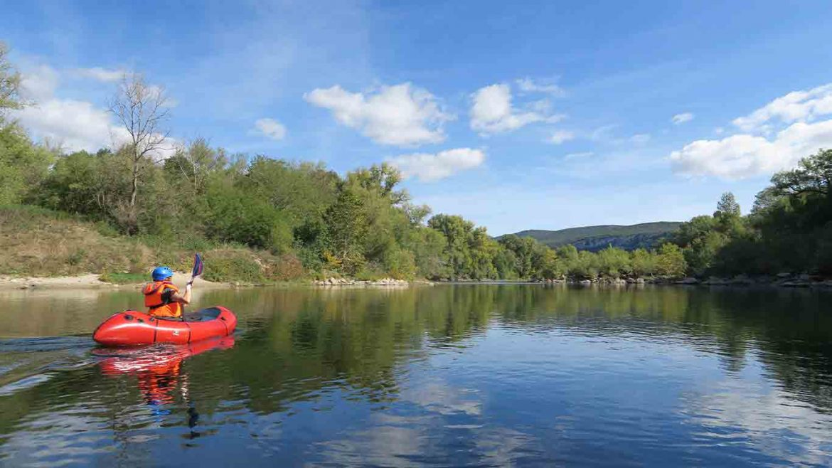 packrafting-spain-rowild